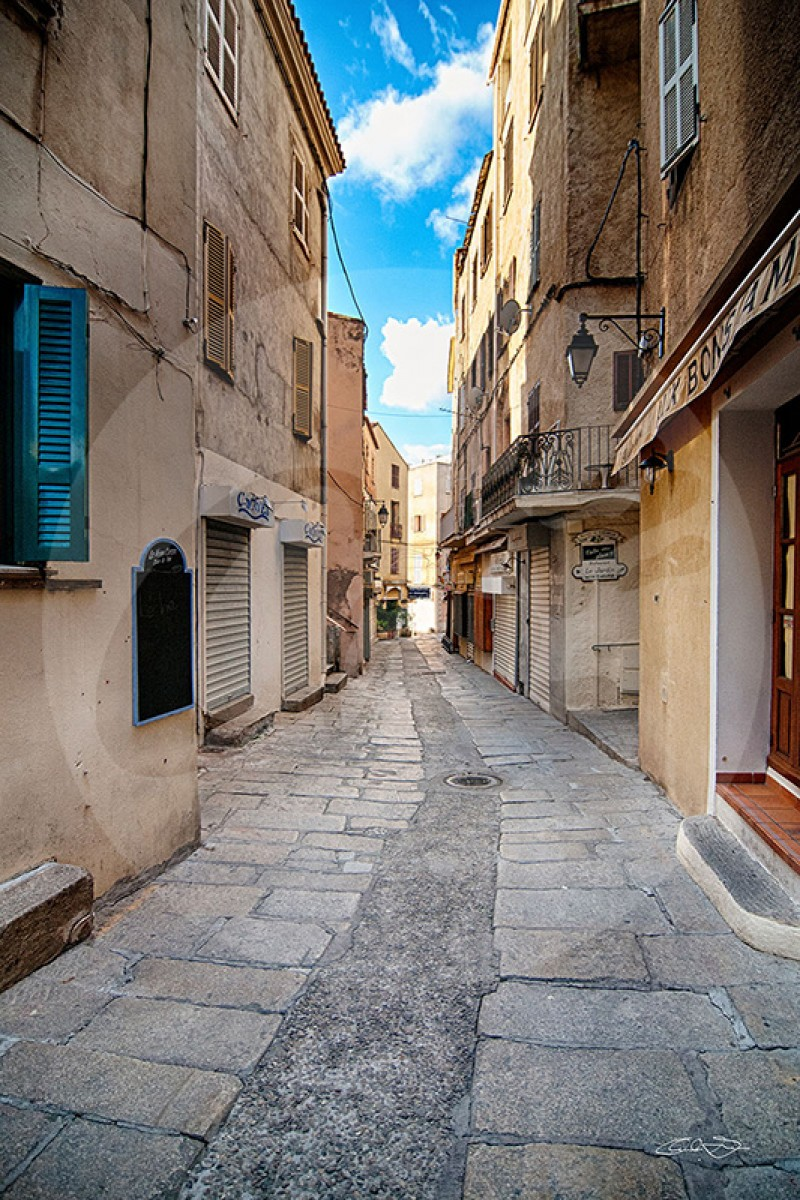 Rue de Calvi